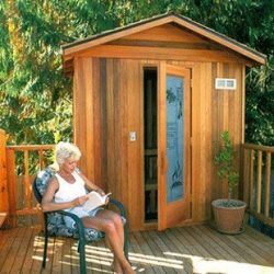 Finlandia-Outdoor-Sauna-422-x-422-with-Roof-Kit